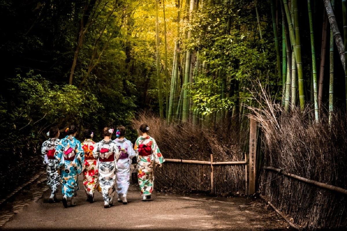 海外生活が長い女性あるある5選。気をつけよう日本ではヤバいかも?
