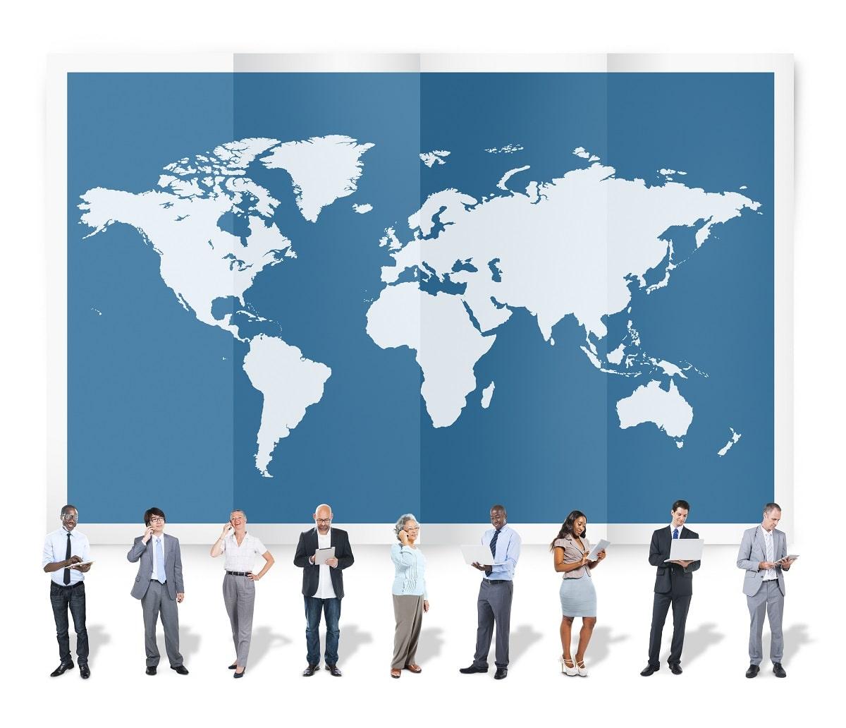 習得すべきは英語か他言語か?日本で国際派として仕事や活動する場合